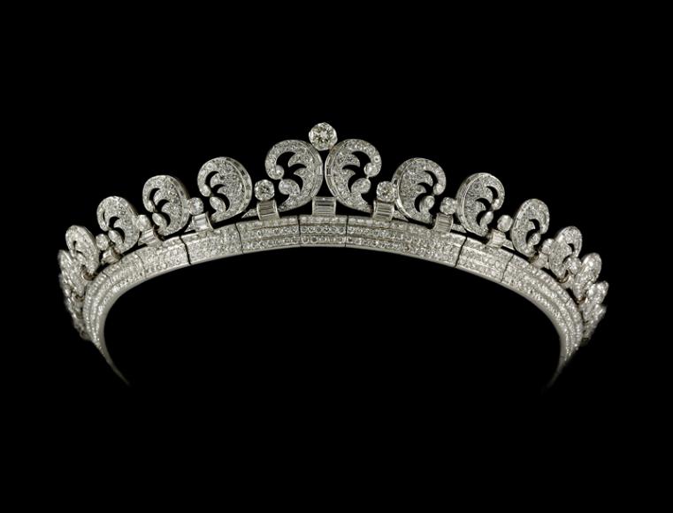 Тиара, предоставленная королевой Елизаветой II