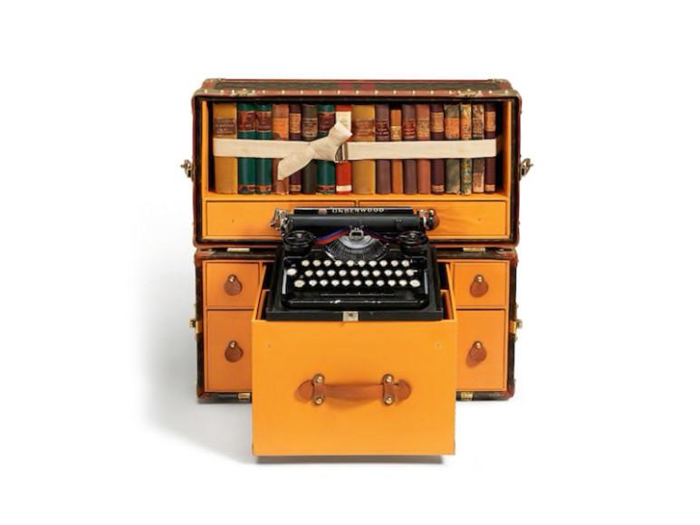 Сундук-библиотека Louis Vuitton, созданная для Эрнеста Хемингуэя