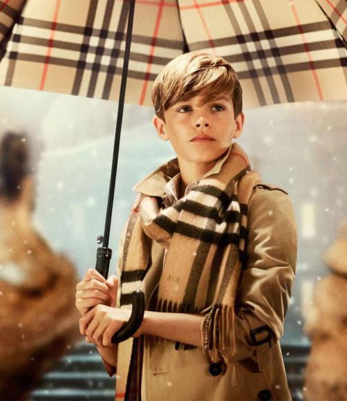 Ромео Бекхэм в рекламной кампании Burberry, 2014