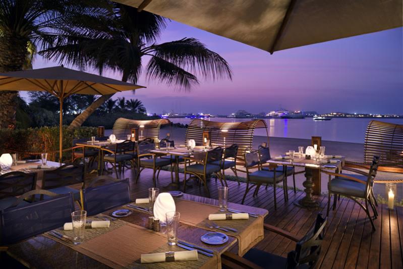 Гриль-бар The Beach в отеле The Palace, One&Only Royal Mirage (Дубай)