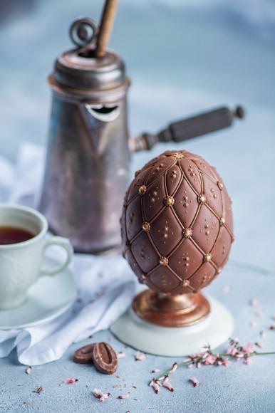 Шоколадный десерт «Яйцо Фаберже»