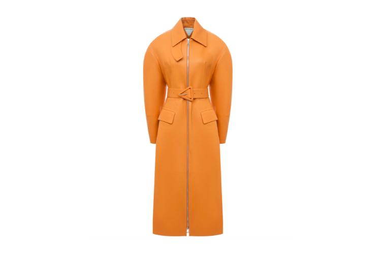 Пальто Bottega Veneta, 730 500 руб. (Третьяковский проезд)