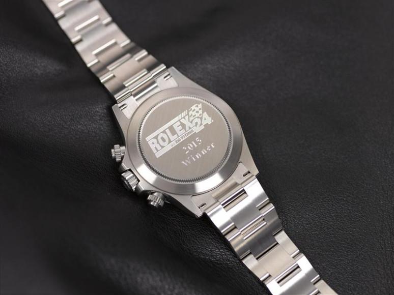 Часы Rolex Oyster Cosmograph Daytona со специальной гравировкой на задней крышке