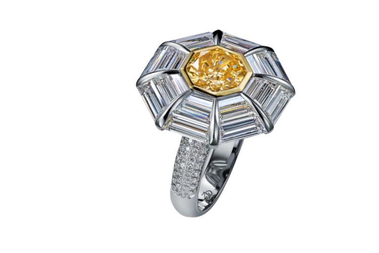 Кольцо, Izmestiev Diamonds