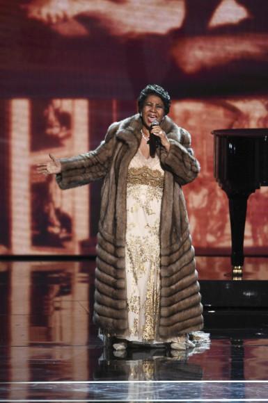 Арета Франклин на церемонии вручения наградЦентра исполнительских искусств имени Джона Кеннеди, 6 декабря 2015, Нью-Йорк