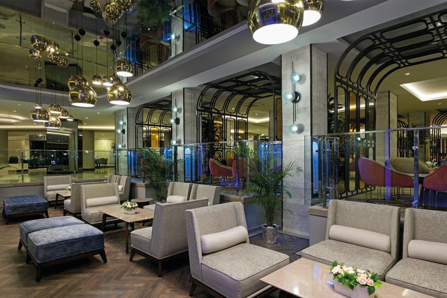 Барв отеле Limak Atlantis Deluxe Hotel & Resort (Limak Atlantis)