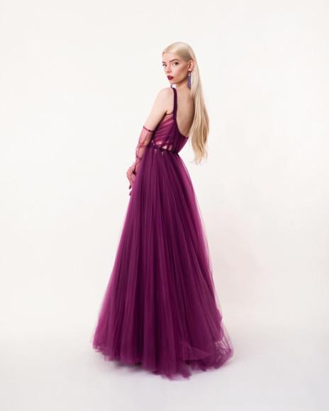 Аня Тейлор-Джой в платьеDior Haute Couture на виртуальной церемонии Critics' Choice Awards, 2021
