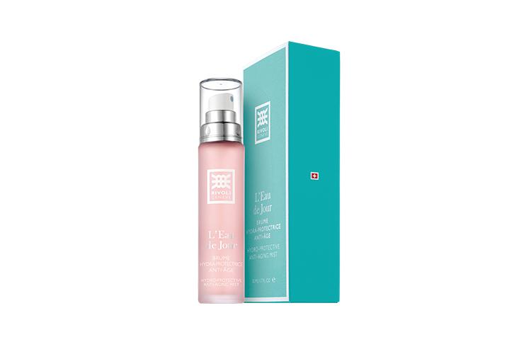 Увлажняющий мист L'Eau de jour, Rivoli содержит активные компоненты, замедляющие процесс старения и помогающие клеткам кожи вырабатывать собственную гиалуроновую кислоту, коллаген и эластин