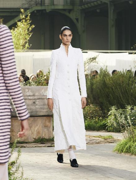 Жакет-платье Chanel, цена по запросу (Chanel)