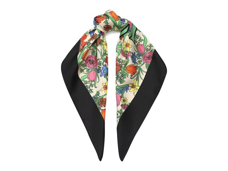 Шелковый платок Gucci, 34 700 руб.