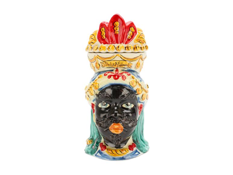 Свеча Dolce & Gabbana, 42 750 руб. (Третьяковскийпроезд)