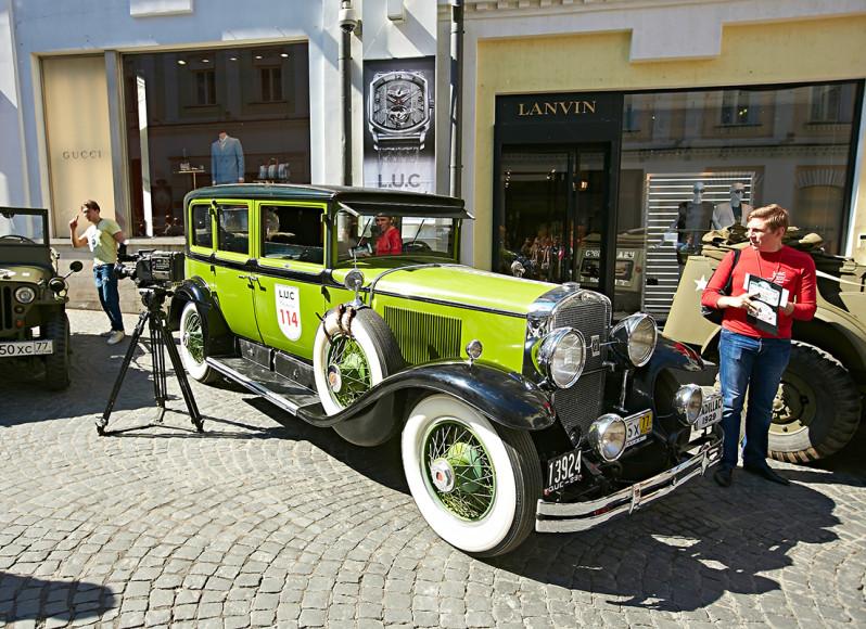 2013 Cadillac 341 1929 года В номинации «За волю к победе» приз достался экипажу Юрия Припачкина и Сергея Макаренко, принимавшему участие во всех 11 заездах Chrysler Town & Country Convertible 1949 года), 1931г.вып., объем дв. 3617 куб. см.