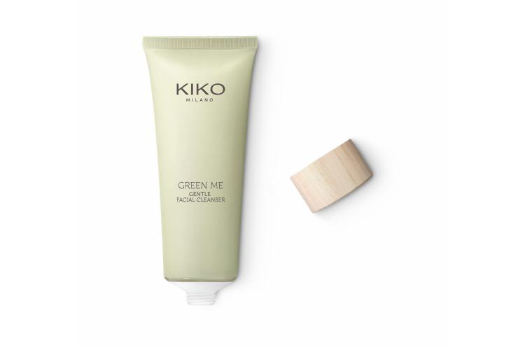 Мягкий очищающий гель для лица Green Me Gentle Facial Cleanser, Kiko, содержащий алоэ вера и экстракт мяты, очищает, смягчает и освежает. Подходит для чувствительной кожи