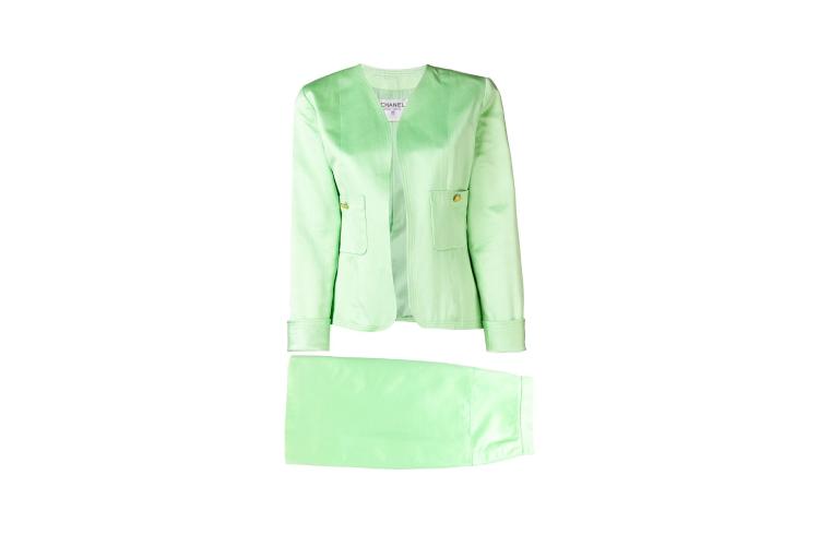 Винтажный костюм Chanel, 117 211 руб. (farfetch.com)