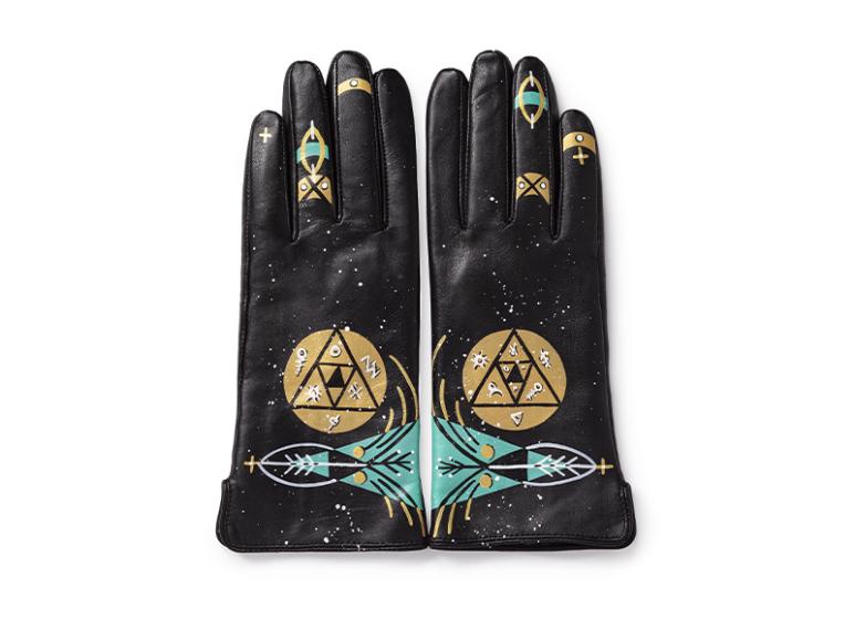 Перчатки, 7500 руб. (Музей «Гараж»)
