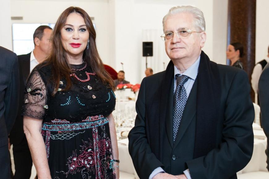 Алла Вербер (вице-президент Mercury и fashion-директор ЦУМ и ДЛТ) и Михаил Пиотровский (директор Эрмитажа)