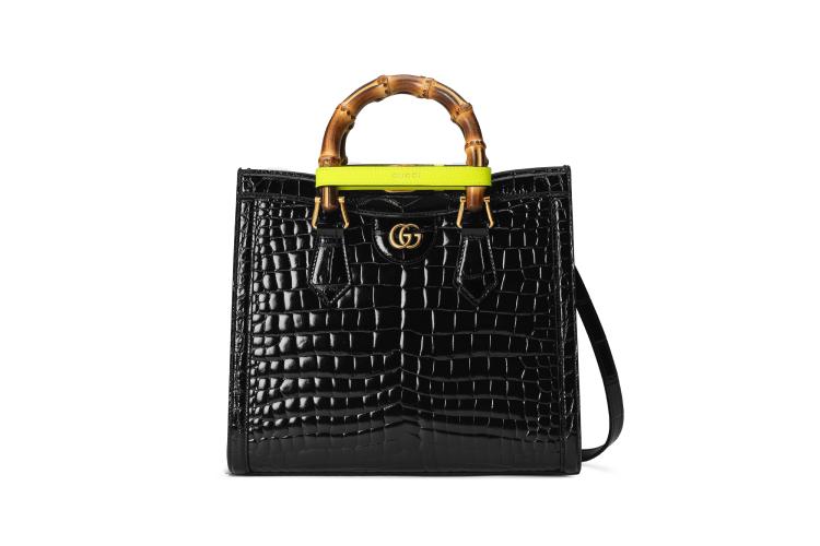 Gucci Diana, 2 144 700 руб. (Gucci)