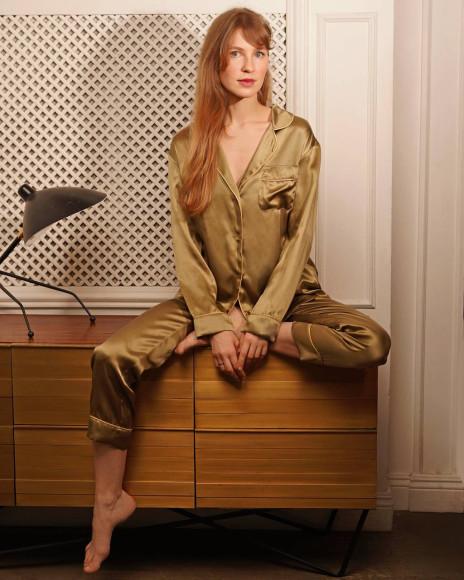 Шелковая пижама The Sense, 12 600 руб.