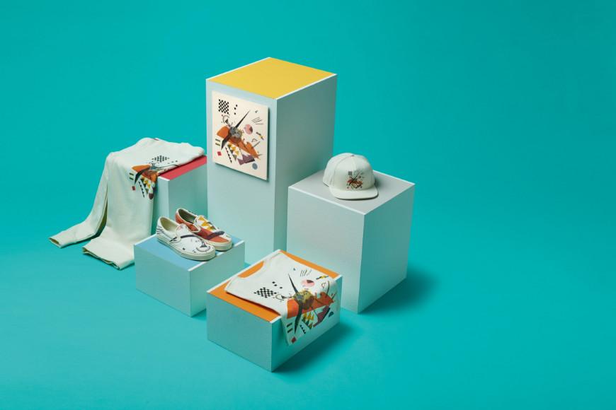 Вещи из совместной коллекции Vans X MoMA по мотивам работы Василия Кандинского «Оранжевое»