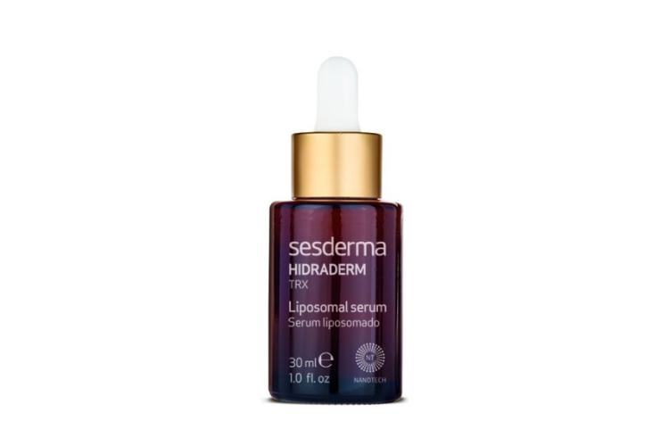 Увлажняющая сыворотка Hidraderm TRX, Sesderma на основе куркумина, гиалуроновой и транексамовой кислот увлажняет кожу, выравнивает ее тон, снимает покраснения, разглаживает морщины, защищает от вредных факторов окружающей среды