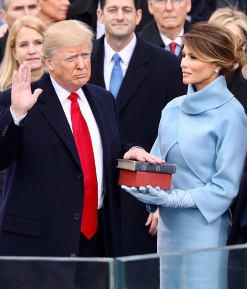Мелания Трамп в Ralph Lauren на инаугурации президента США, 2017 год