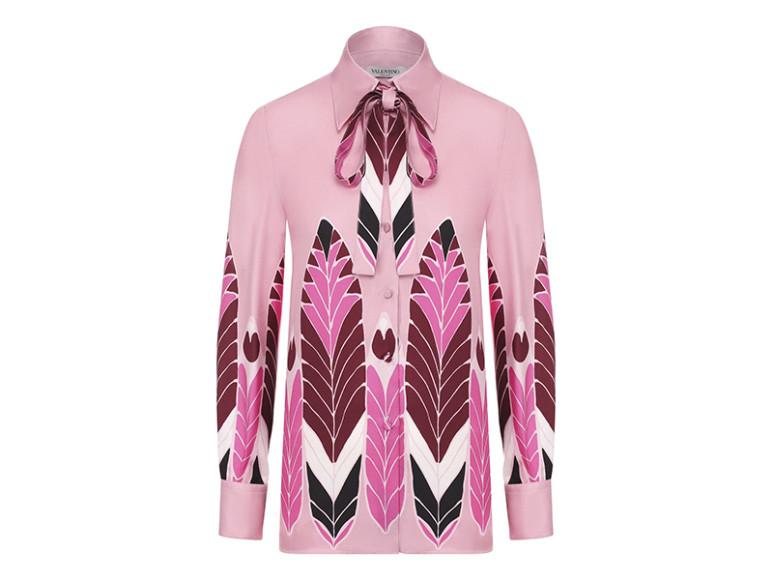 Блуза Valentino, 123 000 руб. (tsum.ru)