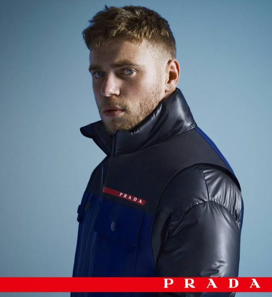 Гас Кенуорти в рекламной кампании Prada Linea Rossa, ноябрь 2020