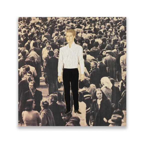 Стефан Балкенхол. «Мужчина в белой рубашке и черных брюках (Рельеф)»
