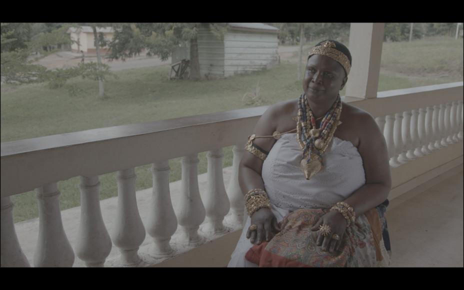 Аманфопон. Тётя Джейн – Синтия – отвечает на наши вопросы перед инаугурацией. Кадры из документального фильма, рабочее название фильма – «Африка подскажет»