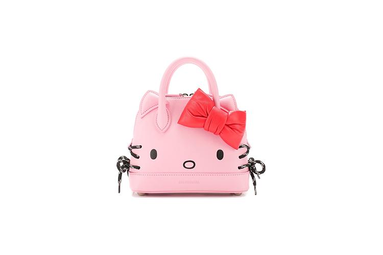 Сумка Balenciaga c Hello Kitty, 99 250 руб. (ЦУМ)