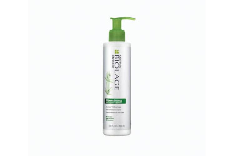 Крем укрепляющий для ломких и ослабленных волос Fiberstrong, Biolage включает в себя натуральный экстракт бамбука и молекулу Intra-Cylane, которые запечатывают и разглаживают кутикулу, защищают волосы от ломкости, делая их более плотными, мягкими и приятными на ощупь