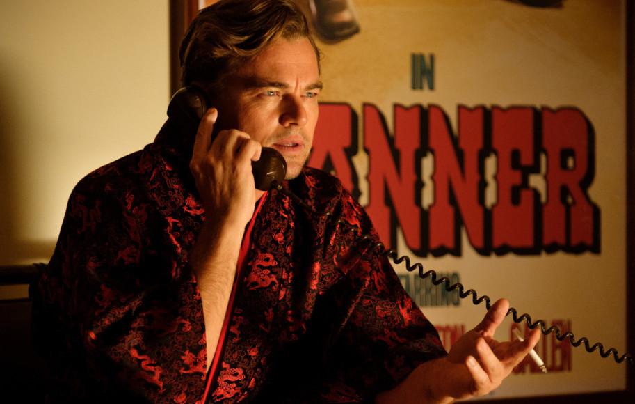 Кадр из фильма «Однажды в… Голливуде»
