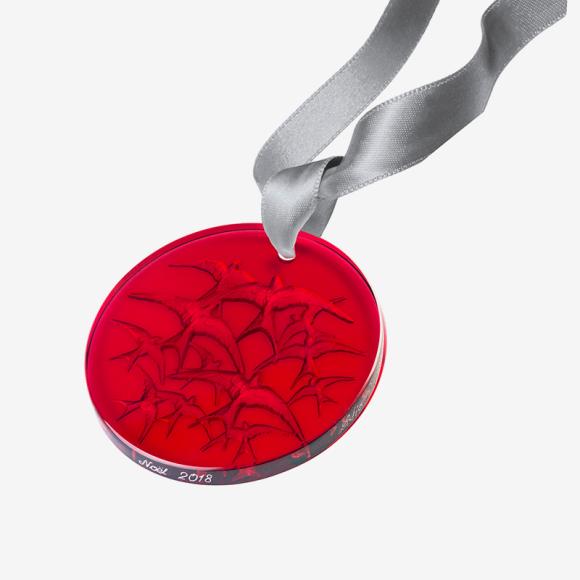 Украшение Lalique (ЦУМ), 11 300 руб.