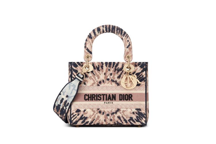 Сумка Dior,390 000 руб. (Dior)
