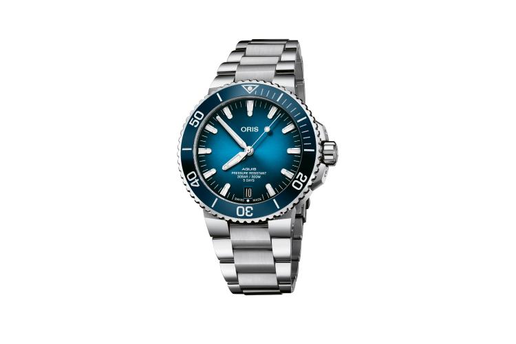 Часы Aquis Date Calibre 400, Oris