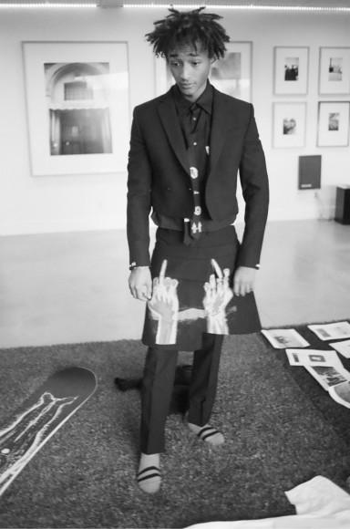 Джейден Смит в вещахиз коллекции MSFTSrep, представленной на Pitti Uomo