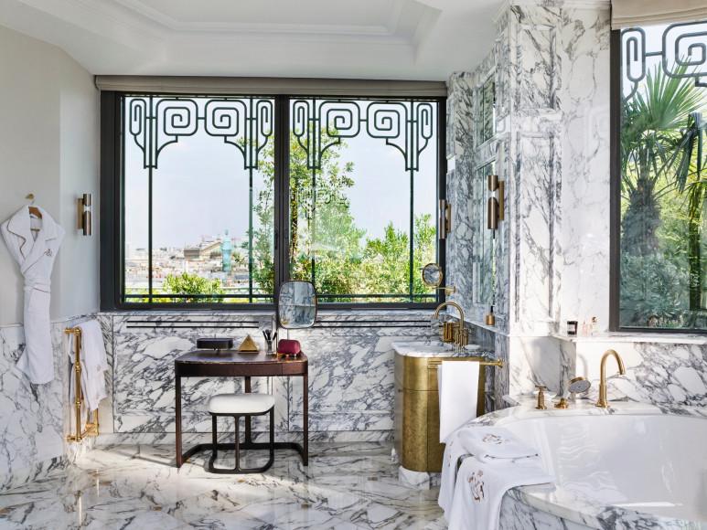 Ванна в номереBelle Etoile Suite