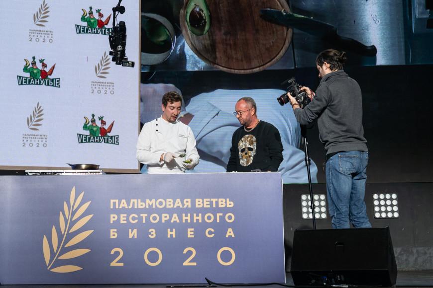 Руслан Ахмедов, шеф-повар ресторана «Vеганутые»