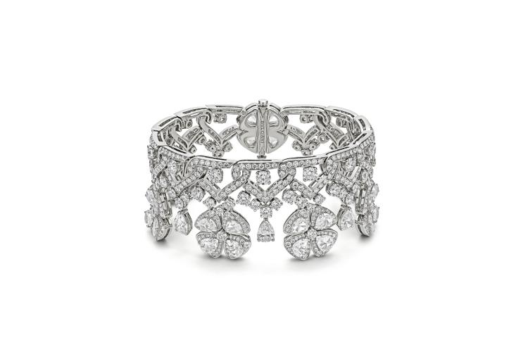 Браслет Fiorever Metamorphosis, бриллианты общим весом 35,31 карата