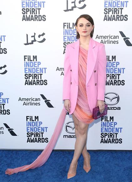 Джои Кинг в платье Oscar de la Renta на церемонии Independent Spirit Awards