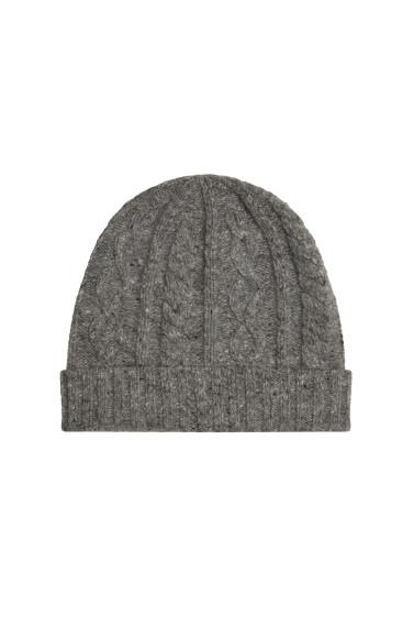 Мужская шапка Brunello Cucinelli, 25 600 руб. (магазины Brunello Cucinelli)