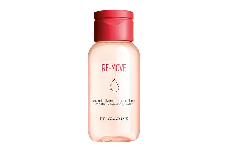 Очищающая мицеллярная вода для молодой кожи, My Clarins, Clarinsна основе экстрактовморинги и горечавки эффективно удаляет макияж и загрязнения, обеспечивая коже ощущение чистоты и свежести