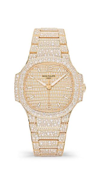 Часы Nautilus, Ref 7118, Patek Philippe