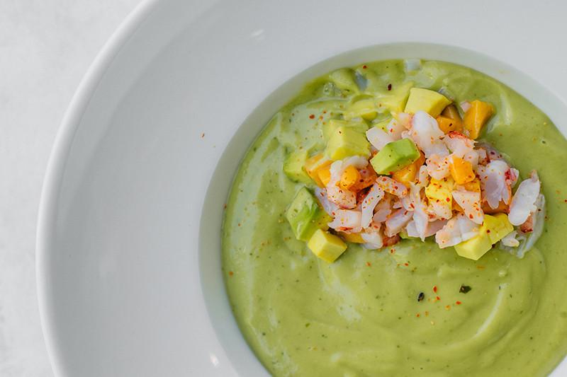 Холодный суп из авокадо с креветками, Avacado Queen