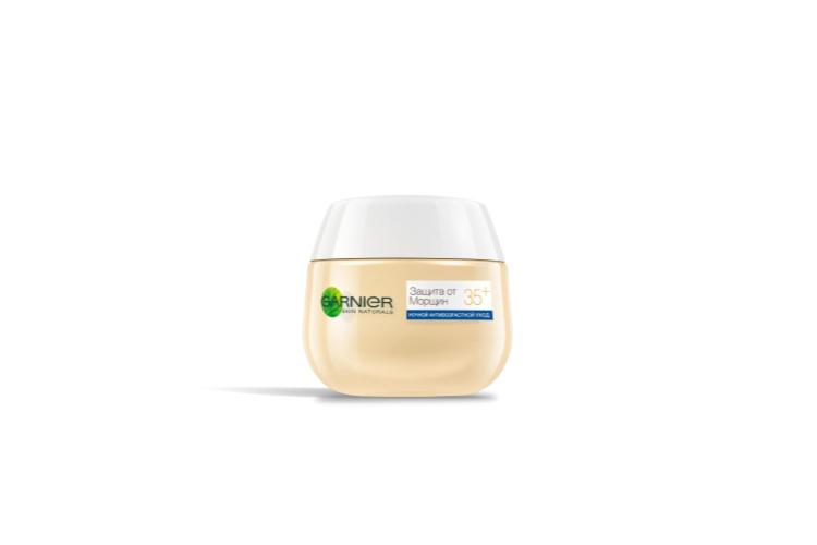 Ночной крем «Защита от морщин 35+», Garnier сделан на основе клеток, полученныхметодом экстракции из тканей растений, и полифенолов чая. Средство стимулирует клеточное обновление, интенсивно увлажняет и разглаживает кожу лица