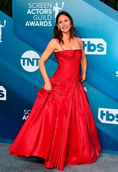 Дженнифер Гарнер в платье Dolce & Gabbana на премии Гильдии киноактеров США