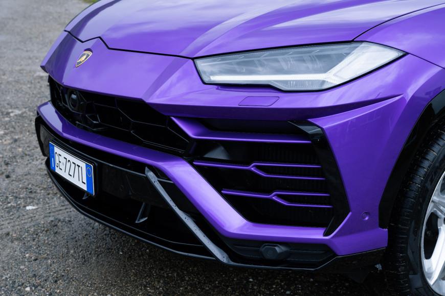 Радиатор кроссовера Urus, Lamborghini