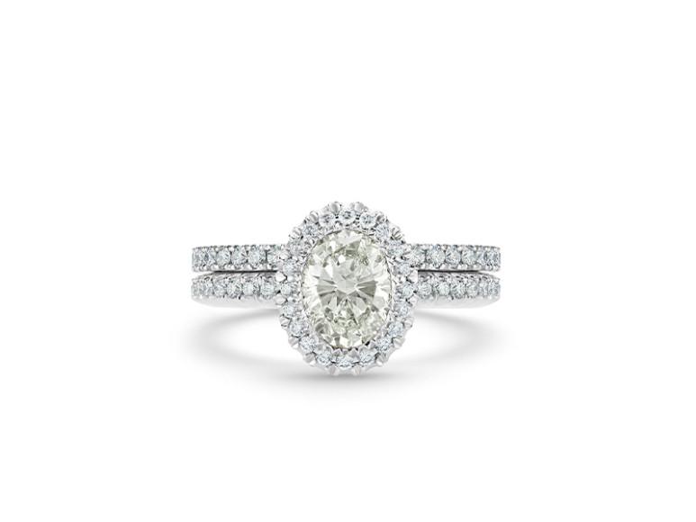Кольцо Aura, бриллиант овальной огранки весом 1 карат