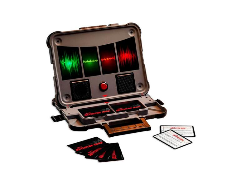 Настольная игра «Тайное становится явным», Hasbro, 3663 руб. (магазины «Республика»)
