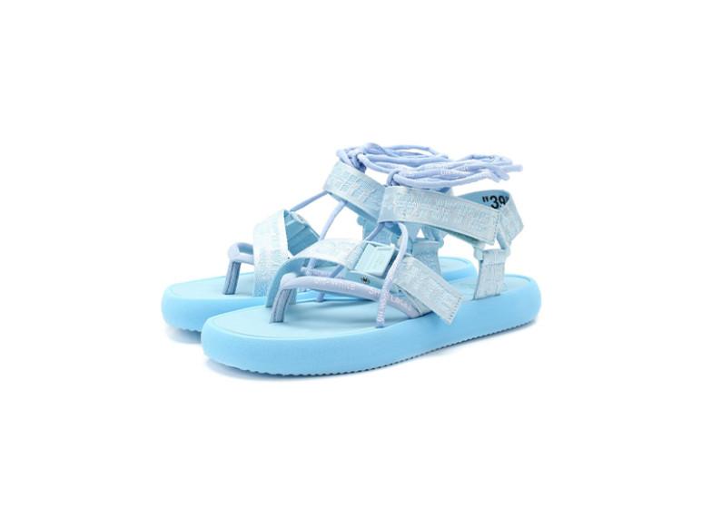 Женские сандалии Off-White, 36 700 руб. (ЦУМ)